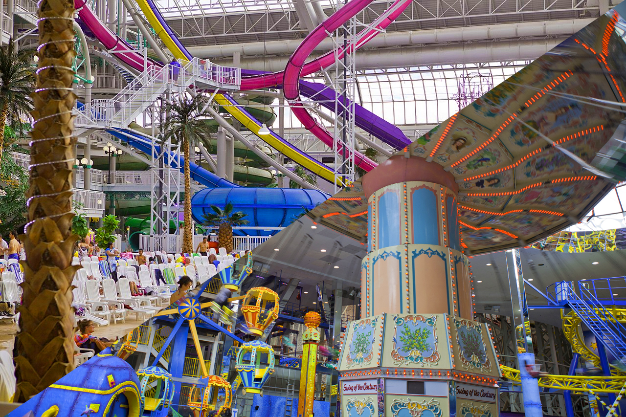 West Edmonton Mall Water & Amusement Parks